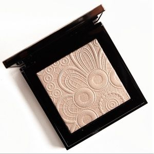 Limited Edition Burberry No. 02 Nude Gold